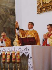 Czy mam obowiązek uczestniczyć we Mszy niedzielnej?